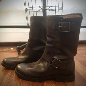 NWOT Frye Veronica Slouch Mid Calf Boots